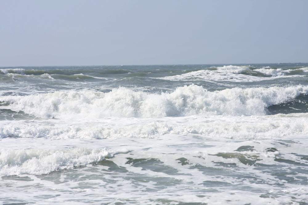 Costa Rica, Rough Ocean, Rip Tides, Rip Current, fitness, my trainer fitness, healthy body, working out, getting fit, staying fit, fitness lifestyle, leaura alderson, health, healthy lifestyle, weight loss, balanced lifestyle, blanace life